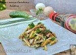Салат с яичными блинчиками и кабачками