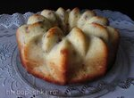 Яблочный кекс под творожной шапочкой