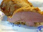 Свиная лопатка, запеченная в пакете в  духовке в луковом маринаде