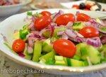 Салат огуречно-кабачковый с киви