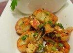 Креветки на гриле с кисломолочным соусом