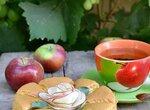 Йогуртовый шелковый бисквит с яблоком