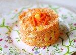 Морковный салат с заправкой из йогурта с горчицей