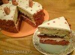 Торт Красный бархат с клубникой