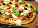 Пицца с перцем и маслинами на низкоуглеводной основе