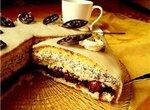 Торт Вишнёво-маковый под марципаном