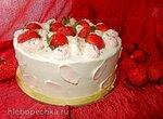 Торт Клубничное объятие