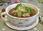 Суп-пюре Дыня с клубникой с домашней лапшой