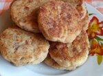 Закусочные хлебные котлетки с колбасой и сыром (утилизация остатков)