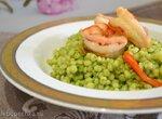 Паста птитим под зеленым соусом со шпинатом и авокадо