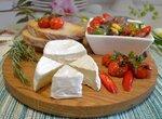 Оливковый средиземноморский салат с мягким сыром