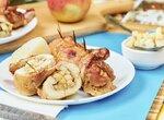 Куриные рулетики с яблоками | Фаршированные рулетики из куриного бедра с яблоками (+видео)
