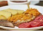 Отбивные из свинины под подушкой из морковки с чесноком (+видео)