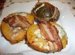 Персики и инжир под сыром и беконом (Cuckoo 1054)