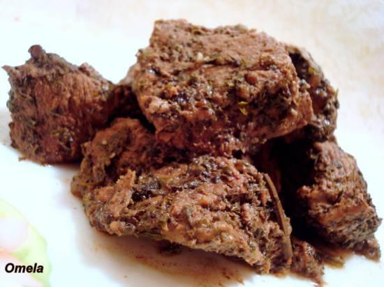 Мясо пряное в травах