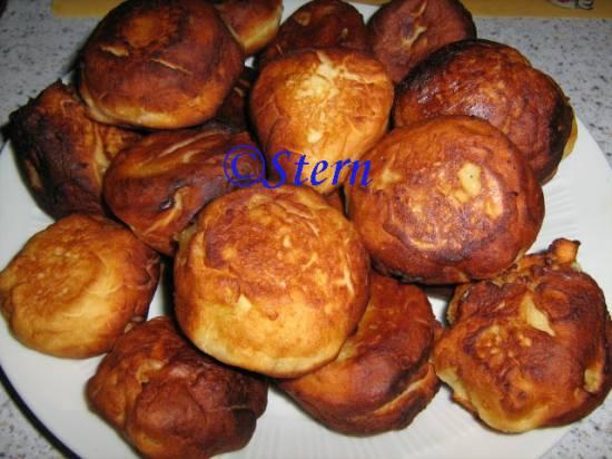 Пирожки творожные с яблоками ленивые