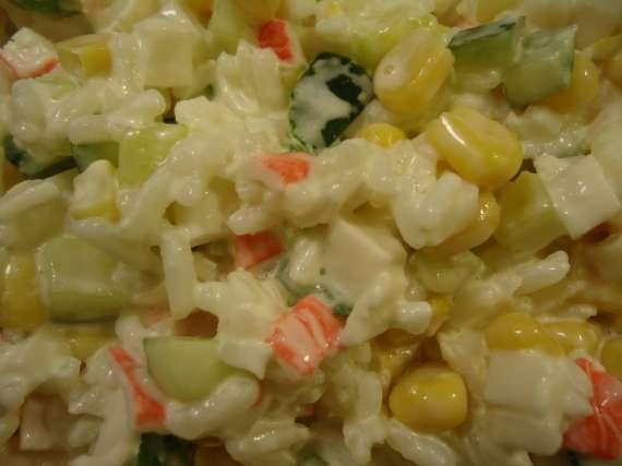 Салат из крабных палочек Светофор