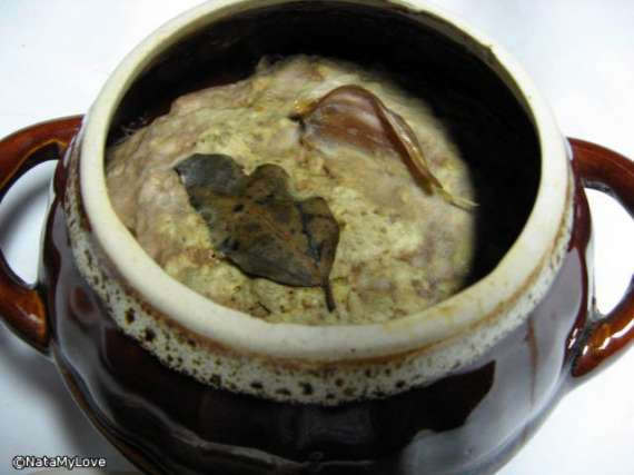 Паштет печеночный в горшке, сваренный на водяной бане