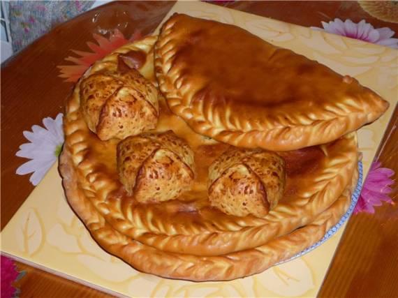 Чуду (дагестанские лепешки с начинкой)