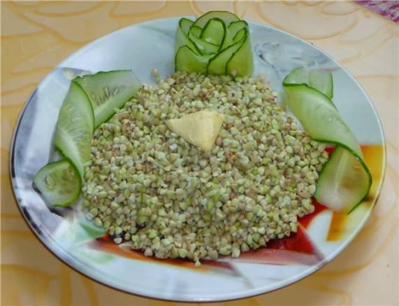 Зеленая гречка с яблоком и изюмом (Brand 37502)