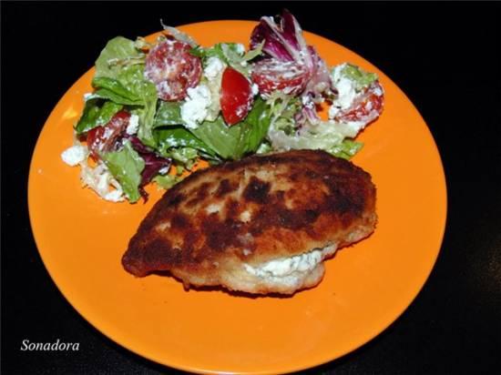 Куриные грудки с сырной начинкой