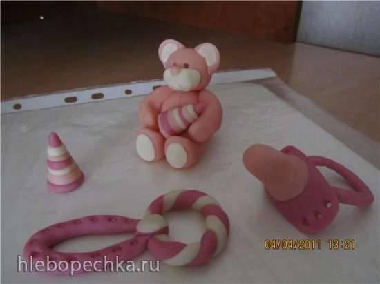 Мишка из мастики