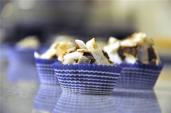 Трюфель «Фьюжн» с финиками, кокосом и норвежским сыром гудбрандсдален