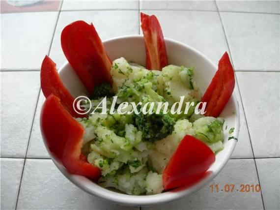 Цветная капуста с сыром и сливочным маслом (скороварка Steba DD1)