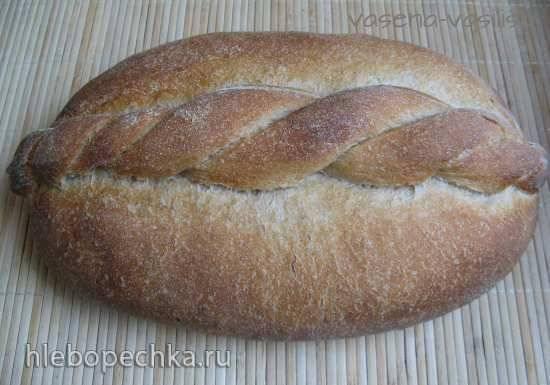 Бургундский хлеб с лентой