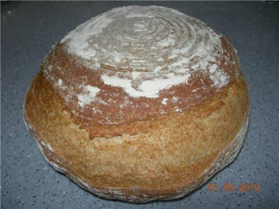 Цельнозерновой пшенично-ржано-овсяный хлеб на холодной опаре
