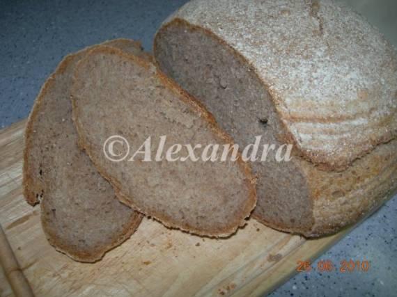 Парижский цельнозерновой хлеб на спелом самозаквасочном тесте