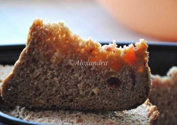 Кулич цельнозерновой облегченный в хлебопечке