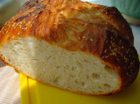 Опарный хлеб с цельнозерновой мукой.