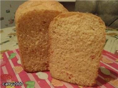 Пшеничный хлеб с сыром и чили (хлебопечка)