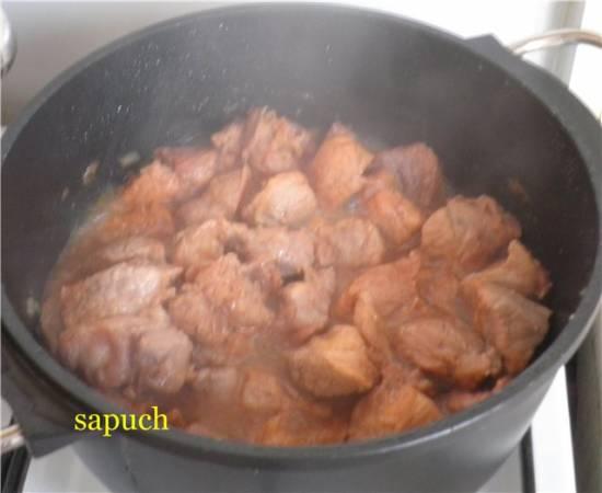 Свинина в карамели (Saute de porc au caramel)