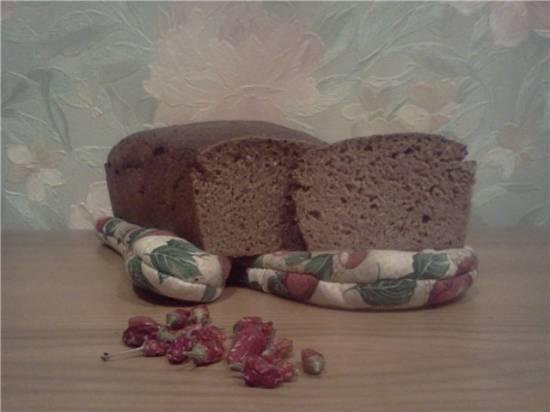 Острый пшенично-ржаной хлеб на закваске с чесноком и овощным пюре