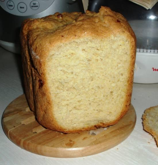Хлеб пшенично-кукурузный со сладкой консервированной кукурузой