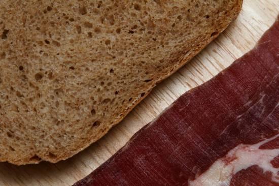 Хлеб на пиве Гиннес и узо (духовка)