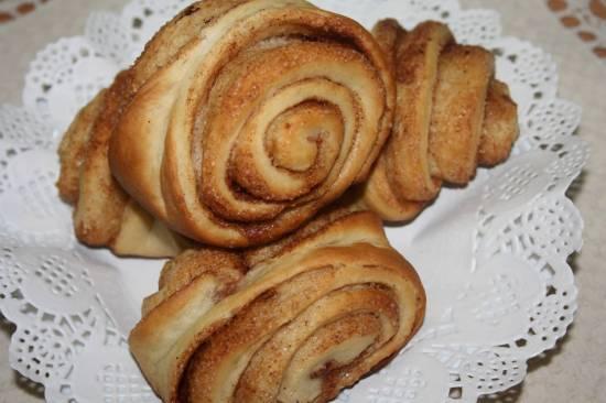 Финские традиционные булочки с корицей (korvapuusti)