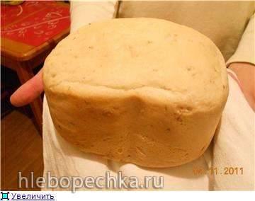 Ароматный пшеничный хлеб с чесноком и травамиАроматный пшеничный хлеб с чесноком и травами