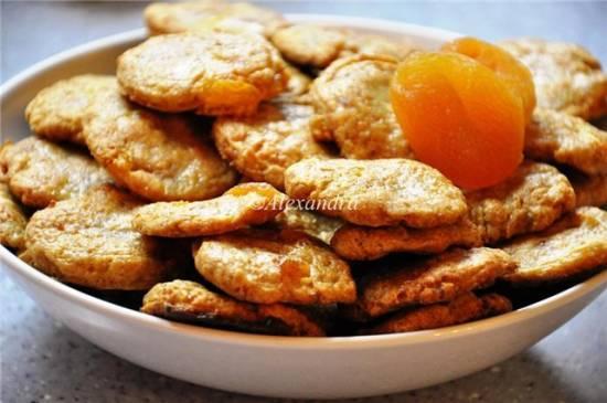 Печенье цельнозерновое с кортом и курагой
