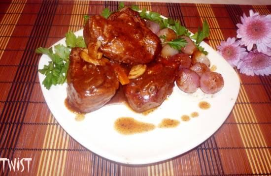 Boeuf a la bourguignon (мясо по-бургундски)