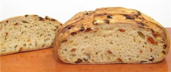 Хлеб  с вялеными томатами на закваске (духовка)