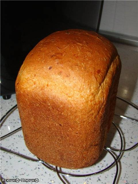 Хлеб с сушеными томатами (хлебопечка)