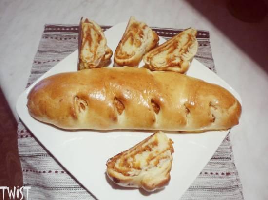 Рулет Колосок с абрикосово-яблочной начинкой