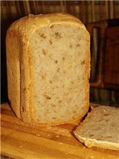 Пшеничный на хмелевой закваске с орехами