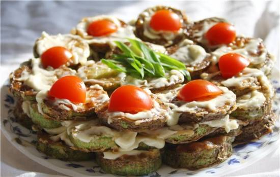 Жаренные кабачки с грецкими орехами
