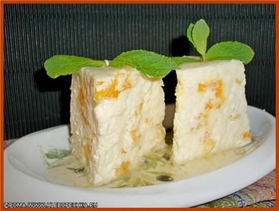 Рисовый пудинг на мороженом с мятным оттенком, кунжутом и фруктами Творожный пудинг на пару (скороварка Brand 6050)