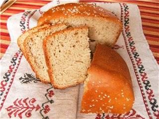 Bork. Хлеб из муки грубого помола с кунжутом.