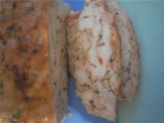Террин из куриных грудок с перцем и зеленью